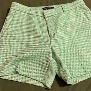 Banana Republic wool green shorts! Size 2